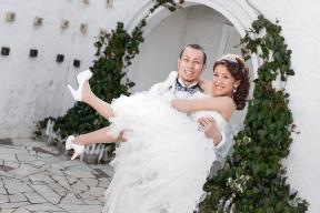 【ブログ】結婚記念日フォトでウェディングドレス☆彡