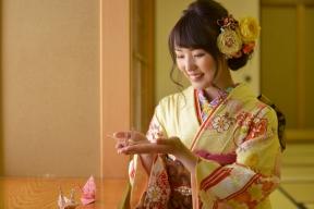 【ブログ】紫陽花×成人式〜振袖で日本庭園ロケーションをお散歩の巻〜